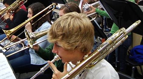 Create a new piece for wind band